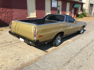 1972 Ford Ranchero Squire - With a Big Block!